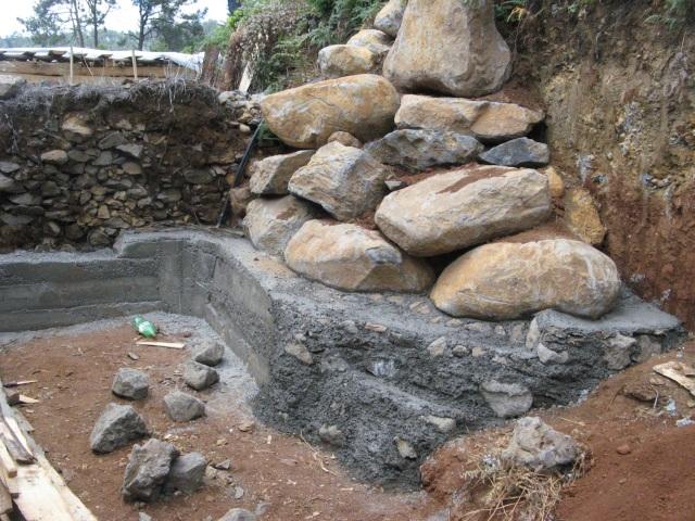 Budowa kolejnego zbiornika wody - Magiczna Oaza Marii Bucardi
